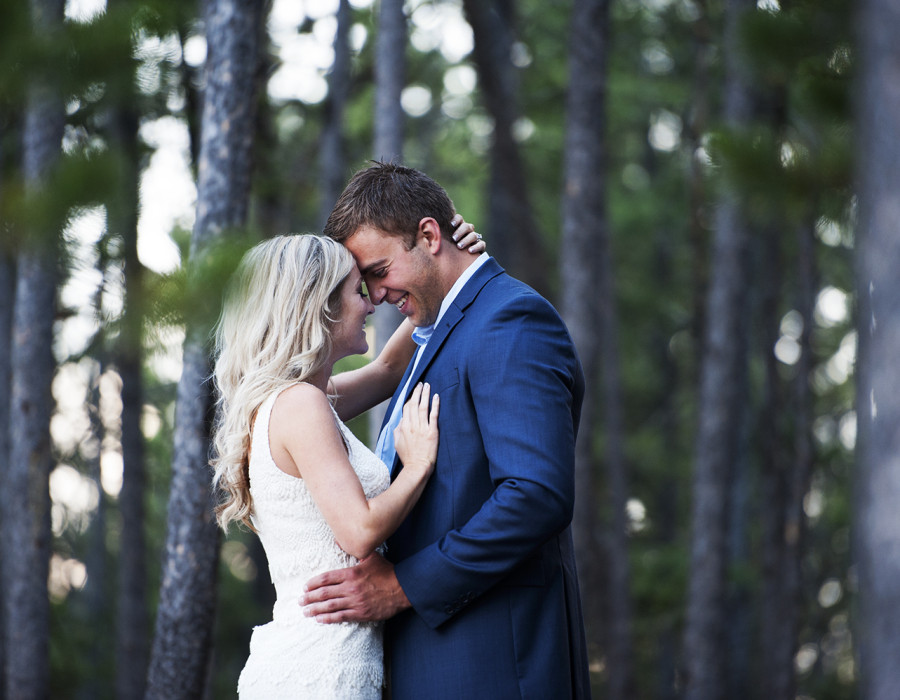 Banff, banff engagement, banff engagement photography, best banff wedding photographer, lake minawanka, lake minawanka enagement.