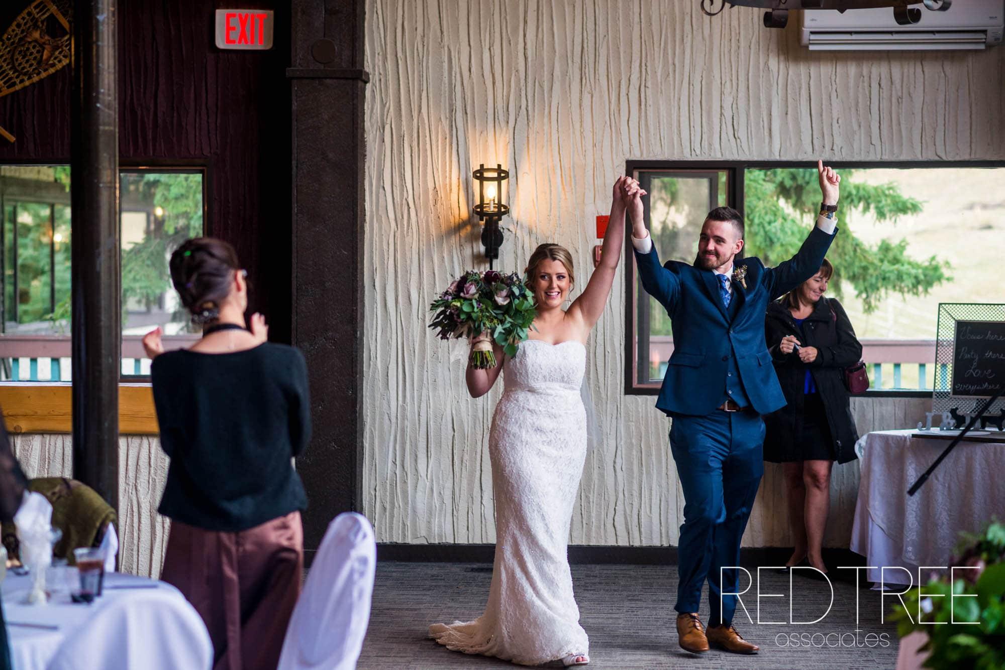 Red Wedding Photography: RED DEER WEDDING PHOTOGRAPHER: CANYON SKI RESORT WEDDING